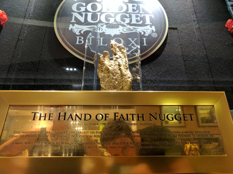 World's largest golden nugget on display